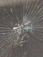 Sicherheitsfolie auf Glasscheibe